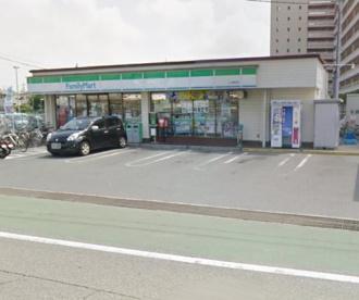 ファミリーマート土山駅前店の画像1