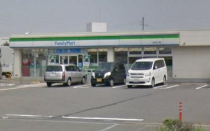 ファミリーマート二見町西二見店の画像1