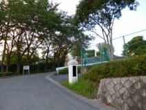 雄琴小学校