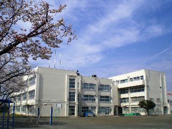 狛江市立狛江第六小学校の画像1