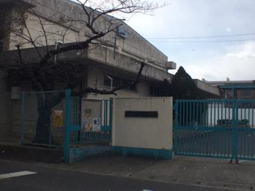 摂津小学校の画像1