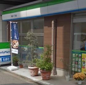 ファミリーマート 亀沢一丁目店の画像1