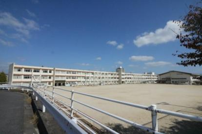 晴嵐小学校の画像1