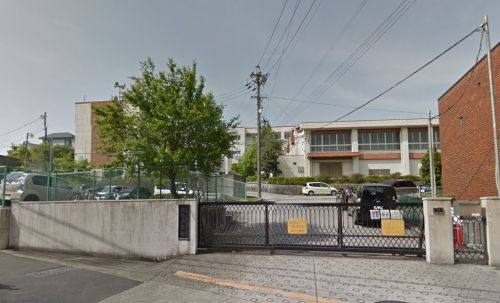 名古屋市立 滝川小学校の画像