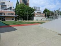 豊島区立南池袋小学校