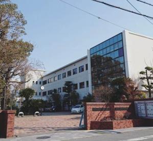 和歌山県立桐蔭中学校の画像1