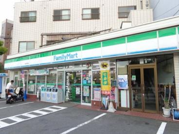 ファミリーマート 堀池石田店の画像1