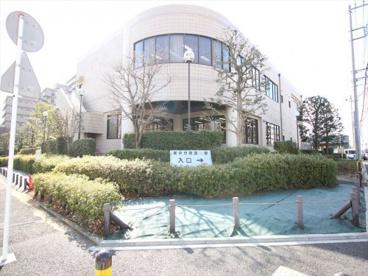 横浜市泉図書館の画像1