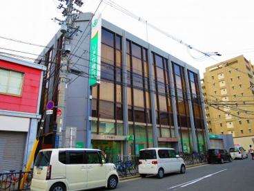 りそな銀行 小阪支店の画像1