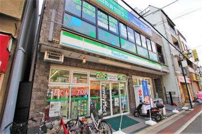 ファミリーマート近鉄長瀬駅前店の画像1