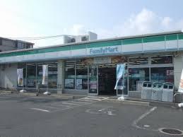 ファミリーマート小浦中環東大阪店の画像1