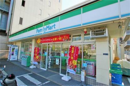 ファミリーマート荒本北店の画像1