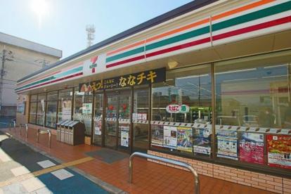 セブン-イレブン 東大阪高井田本通5丁目店の画像1