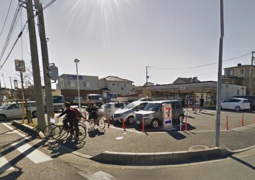 セブン-イレブン鳩ヶ谷里中学校前店の画像