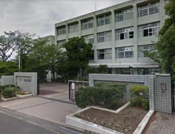 大阪府立枚方津田高等学校の画像1