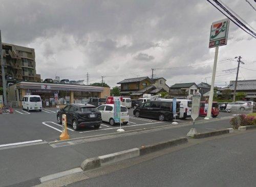 セブン-イレブン草加氷川北店の画像
