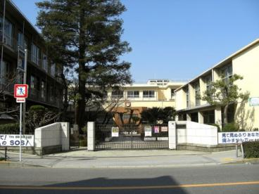 茨木市立養精中学校の画像1