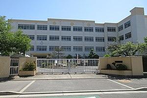 高槻市立丸橋小学校の画像1