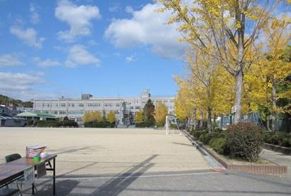 高槻市立阿武野小学校の画像2
