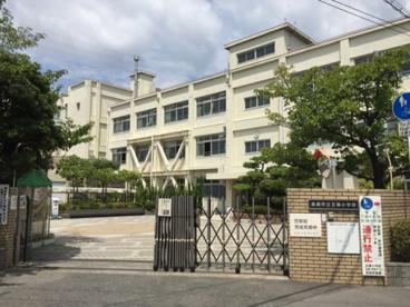 高槻市立五領小学校の画像2