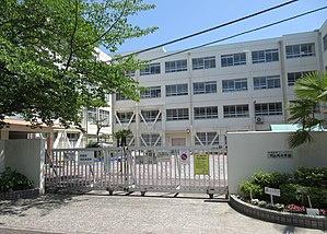 高槻市立竹の内小学校の画像1