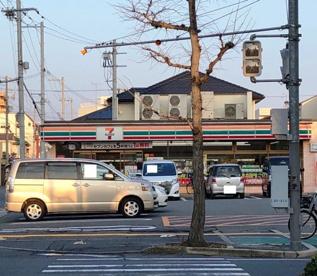 セブン-イレブン和歌山屋形町店の画像1