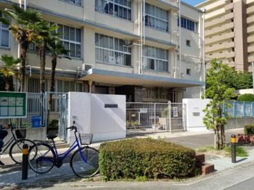 大阪市立豊崎中学校の画像3