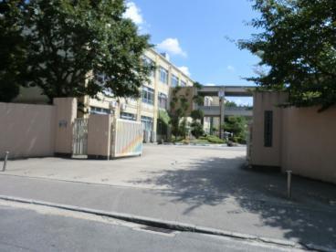 京都市立西京極中学校の画像1