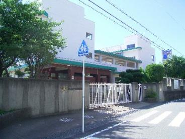 茨木市立畑田小学校の画像2