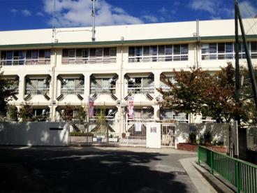 茨木市葦原小学校の画像1