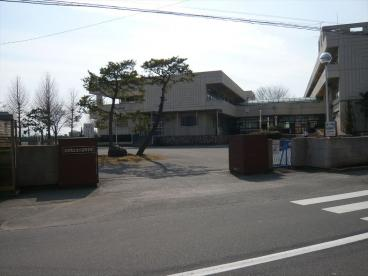 北川辺中学校の画像1