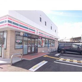 セブンイレブン高知曙町1丁目店の画像1