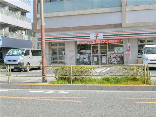 セブン-イレブン 大田区東六郷2丁目店の画像