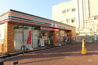 セブン-イレブン 下丸子三丁目店の画像1