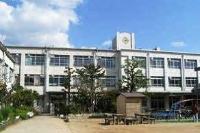 京都市立梅小路小学校の画像1