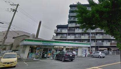 ファミリーマート和歌山中之島店の画像1