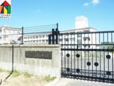 桃山台中学校