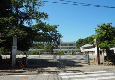あきる野市立五日市小学校の画像1