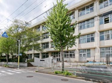 羽村市立第三中学校の画像1