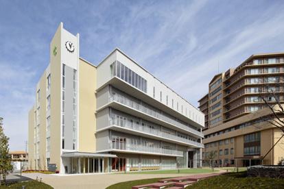 ベルランド看護助産専門学校の画像1