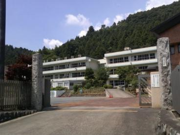 青梅市立成木小学校の画像1
