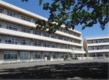 青梅市立藤橋小学校の画像1