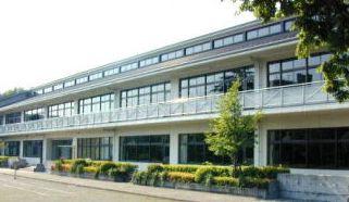 青梅市立東中学校の画像1