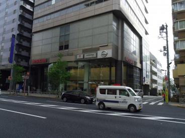 日産自動車販売株式会社池袋店の画像3