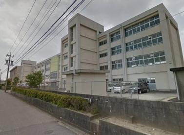 津市立西郊中学校の画像1