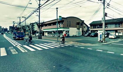 ファミリーマート 原田2丁目店の画像1