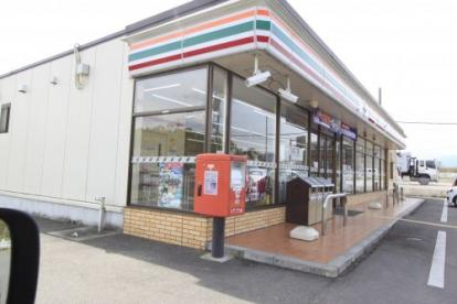 セブンイレブン河合町佐味田店の画像1