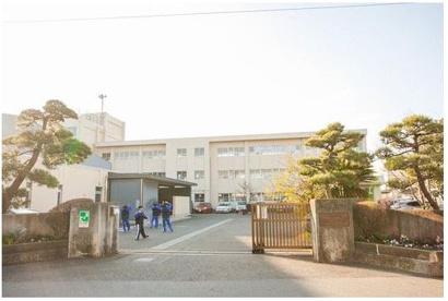 第一中学校の画像2