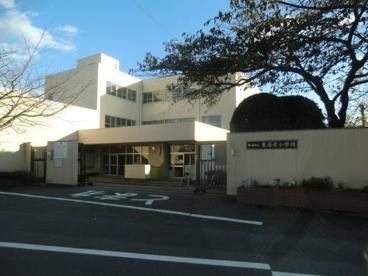東海岸小学校の画像2