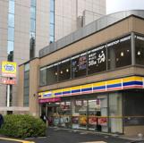 ミニストップ信濃町駅北口